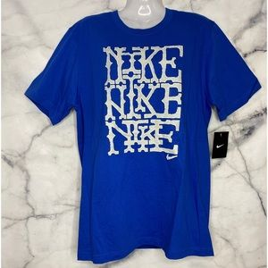 NEW NIKE BLUE T-SHIRT MEDIUM REGULAR FIT